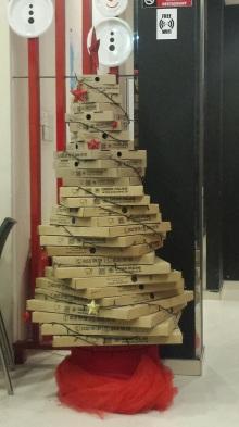 My island Christmas tree (and my Pizza Hut island Christmas dinner)